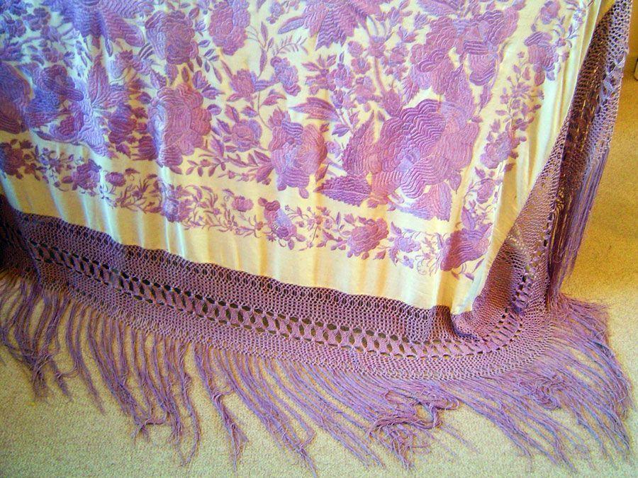 Mantón de manila beige y malva