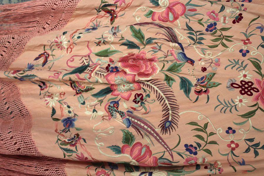 Mantón de Manila rosa palo