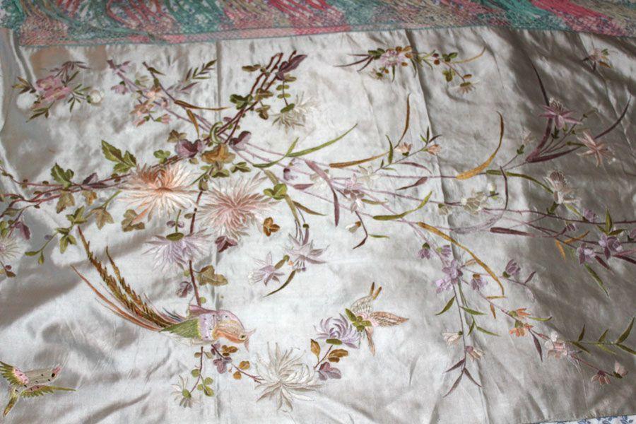 Mantón de manila verde celadón